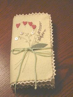 embroidery envelope using wool felt -pattern by Crab Apple Hill Studios. www.crabapplehillstudio.com/