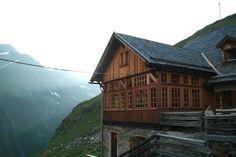 Das Furtschaglhaus in der Dämmerung / Berliner Höhenweg, Tirol