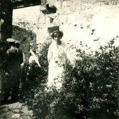 Grã-duquesa Olga Nikolaevna em Oreanda Crimeia em 1914. . . . Credito photo: judicialinvestigator.tumblr.com . . .