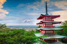 Chureito Pagoda is a symbolic 5 story pagoda, standing in the Arakura Sengen Park, about half way up Mt Arakura in Fujiyoshida.   It provides an amazing view of Mt Fuji and nearby Fujiyoshida city.