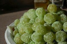 @Angela Maschhoff We should try this for the lake house and freeze the graps!  Sugar Free Watermelon Jello Grapes