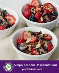 Breakfast bowls are the new green juice: they've become an in-demand menu item for the post-yoga, post-spin class set, despite some eyebrow raising… Healthy Breakfast Recipes, Brunch Recipes, Healthy Recipes, Healthy Foods, Healthy Eating, Breakfast Bowls, Breakfast Ideas, Brunch Ideas, Easy Delicious Recipes