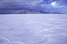 How to Visit the Bonneville Salt Flats in Utah