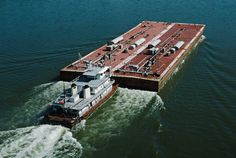 File:Towboat Ben McCool upbound on Ohio River with two tank barges ...