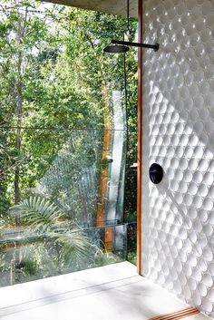 Image 22 of 30 from gallery of Planchonella House / Jesse Bennett. Photograph by Sean Fennessy