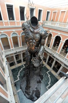 Damien Hirst's Underwater Fantasy Exhibition Treasures at Venice Biennale 2017 | Yellowtrace