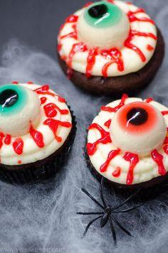 Halloween Crafts For Kids, Halloween Desserts, Halloween Cupcakes, Halloween Party, Happy Halloween, Halloween Ideas, Halloween 2020, Fall Crafts, Halloween Buffet