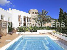 NUEVA PROPIEDAD DE LA SEMANA: Gran mansión con vistas a Dalt Vila #Ibiza