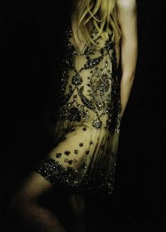 Flapper style evening dress with beading detail  ♔