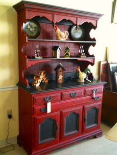 Emperor's Silk and Graphite Hutch