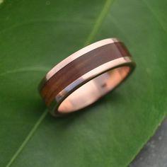 Rose Gold Wood Ring Lados Guayacán - ecofriendly wood wedding band, 14k recycled rose gold and wood wedding ring, mens red gold wood ring by naturalezanica