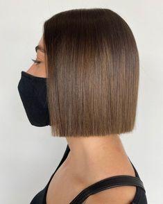 Short Blunt Haircut, Short Straight Haircut, Thin Straight Hair, Short Hairstyles For Thick Hair, Pretty Hairstyles, Short Hair Cuts, Blunt Bob, Blonde Hair Cuts Medium, Medium Short Hair