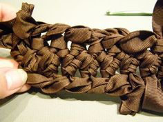 Pocket : How to Make Hairpin Lace