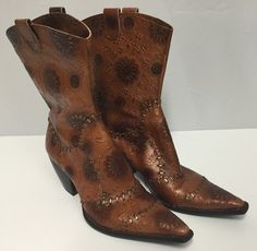 BCBGirls Cowboy Short Boots 8 Women's Golden Brown Snip Toe Stitched #BCBGirls #CowboyWestern #Party