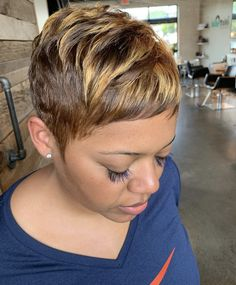 Nov 2019 - Who doesn't love a sexy blonde pixie! props on this fresh, classy cut and color! 😍🙌🏽 Short Relaxed Hairstyles, Pixie Hairstyles, Haircuts, Black Women Short Hairstyles, Hairstyles Videos, Casual Hairstyles, School Hairstyles, Quick Hairstyles, Everyday Hairstyles