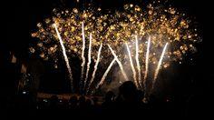 [2012.9.25] 불꽃놀이 X-S1    후지필름 1기 객원리포터 고려대 강유진 학우가     밤하늘을 수놓는 아름다운 불꽃놀이를 X-S1으로 담은 사진입니다.    오는 10월 6일 여의도 한강공원에서 서울세계불꽃축제가 열린다고 하는데요.    10월의 가을밤, 낭만적인 불꽃놀이를 즐겨보는건 어떠세요?^^    <사진정보>    조리개값????: F/2.8  노출시간: 1/60초  ISO감도: ISO-500  초점거리: 6mm    http://blog.naver.com/fujifilm_x/150141482423