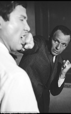 Never-before-seen candid pictures show Frank Sinatra relaxing on set Old Hollywood Stars, Classic Hollywood, Young Frank Sinatra, Joe Gallo, Bogie And Bacall, Joey Bishop, Shirley Maclaine, Guys And Dolls, People Of Interest