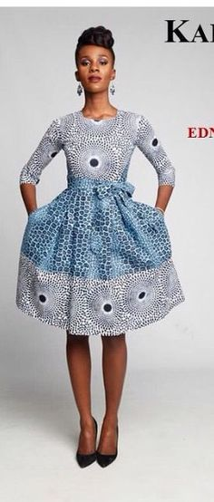 Nice Waxprint Dress, this looks pretty cool! African Inspired Fashion, African Print Fashion, Africa Fashion, Ethnic Fashion, Look Fashion, Fashion Prints, Ankara Fashion, Fashion Dresses, African Dresses For Women