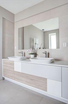 Bathroom – Home Decor Designs Tan Bathroom, Small Bathroom, Modern Bathroom Design, Bathroom Interior Design, Shower Remodel, Beautiful Bathrooms, Bathroom Renovations, Bathroom Inspiration, House Design