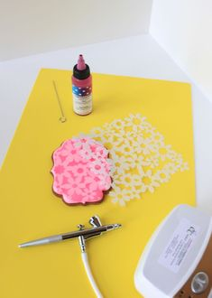 Julia M Usher, Dual-Mode Cookie Stenciling