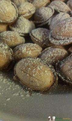 Tronky Bimby3.9 (77.14%) 7 votes Gli snack della Ferrero con cialda croccante, ripieni di crema alla nocciola… Elisabetta R. ha elaborato una ricetta per rifarli in casa, collaudata proprio da lei! Pochi ingredienti, una piastra adatta…e gli snack fatti in …