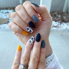 Pink Cheetah Nails, Matte Black Nails, Almond Shape Nails, Almond Nails, Gel Polish Designs, Nail Art Designs, Bandana Nails, Western Nails, Anime Nails