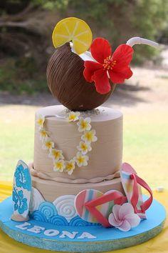 Hawaiian Birthday Cakes, Hawaiian Theme, Moana Birthday, Luau Birthday, 16th Birthday, Luau Cakes, Beach Cakes, Hawaii Cake, Luau Party