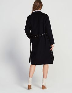 Shirt collar and long sleeves<br /> &bull; Wool and cotton<br /> &bull; Belt with eyelets<br /> &bull; Two piped pockets<br /> &bull; Fastened with a button<br /> &bull; Model is wearing a size /><br /> Mid Length, High Neck Dress, Pockets, Paris, Wool, Button, Long Sleeve, Belts, Sleeves