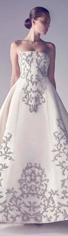 Beautiful embroidery on the wedding dress!