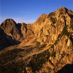 Le Montagne dell'#Alpago http://www.alpagocansiglio.eu/it/sport-e-natura/montagne-dell-alpago