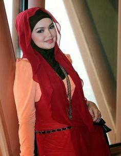 Siti Nurhaliza, New Hijab, Hijab Fashion, Bodycon Dress, Singer, Chic, Sexy, Beautiful, Faces