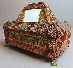 Footed Tramp Art Jewelry Box, Pyramide Shape, 1909.