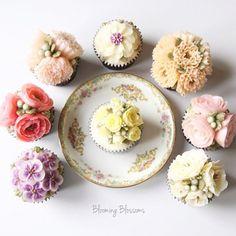 Birthday Flower Cupcakes🌷💕_   #bloomingblossoms #flowercake #buttercream #wilton #koreanbuttercream #homebaking #handmade #cake #cakestagram #cupcakes #flowers #flowerstagram #food #onthetable #wedding #birthday #bridalshower #birthdaycake #LA #santamonica #LAbakingclass #LAflowercake #플라워케이크 #버터크림플라워케이크 #꽃 #꽃스타그램 #LA플라워케이크 #엘에이플라워케이크