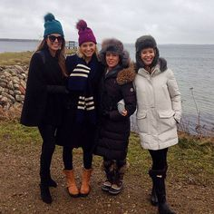 Ladies Of London, Canada Goose Jackets, Winter Jackets, Lady, Fashion, Winter Coats, Moda, Winter Vest Outfits, Fashion Styles