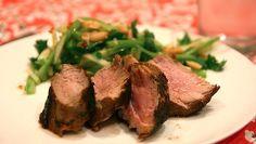 Pork fillet with spicy-crunchy salad