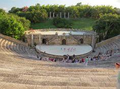 Altos de Chavon: Amphitheater