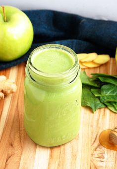 This green apple and ginger smoothie helps with weight  loss, and the extra  fiber helps you feel fuller, longer.