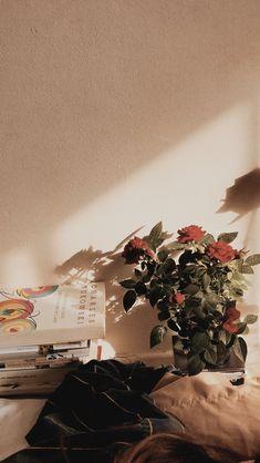 be kind ♡ Maroon Aesthetic, Cozy Aesthetic, Orange Aesthetic, Flower Aesthetic, Aesthetic Vintage, Aesthetic Pastel Wallpaper, Aesthetic Backgrounds, Aesthetic Wallpapers, Brown Wallpaper