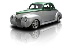 1939 Ford Coupe 351 V8 5 Speed w/ AC