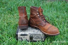 Red Wing Shoes - Iron Ranger Copper Rough and Tough Leather   Veuit