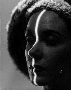 Line on Face, 1947 by Erwin Blumenfeld. S)