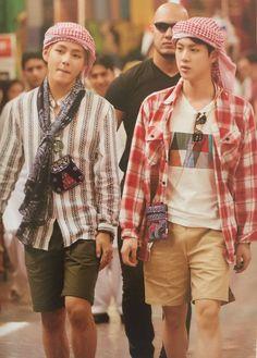 Jin and Taehyung Bts Taehyung, Bts Bangtan Boy, Bts Jimin, Foto Bts, Boy Scouts, Taekook, Bts Summer Package 2016, Summer 2016, K Pop