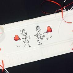 Kit com toalha de rosto, ótimo qualidade, marca Dohler, pintada a mão , acompanha sabonete também pintando a mão com a mesma temática da toalha e um sachê perfumado.  toalha de rosto (50cm x 70cm).  Aceitamos encomendas. Contate-nos  Feito sob encomenda, prazos de entregas negociáveis.  TEMA DEST...