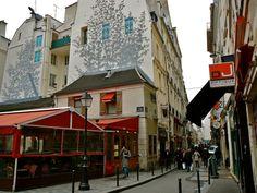 wallets, stationary, chemist & FOOD  rue Saint André des Arts