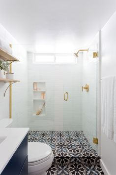 Home Interior Hamptons .Home Interior Hamptons Shower Floor Tile, Bathroom Floor Tiles, Large Tile Shower, Dream Shower, Bathroom Interior Design, Interior Livingroom, Interior Ideas, Home And Deco, White Rooms