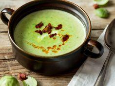 Cremige Rosenkohl-Suppe mit knuspriger Chorizo_mag