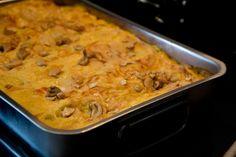 Die Spinat-Curry-Lasagne im Backrohr kurz bevor sie serviert wird.