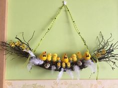 13 Egg Themed Decor To Try This Easter HomelySmart Happy Easter, Easter Bunny, Easter Eggs, Diy And Crafts, Crafts For Kids, Diy Y Manualidades, Easter Celebration, Easter Wreaths, Easter Crafts