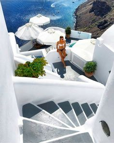 💙 Meanwhile in Santorini. God spent a little more time on Greece. Photo by Santorini Island, Santorini Greece, Greece Photography, Travel Photography, Time Photography, The Places Youll Go, Places To Go, Travel Pictures, Travel Photos