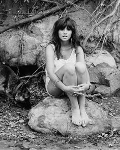 'Hand Sown' Portrait Photo - Linda Ronstadt's Road to the Rock and Roll Hall of Fame | Rolling Stone